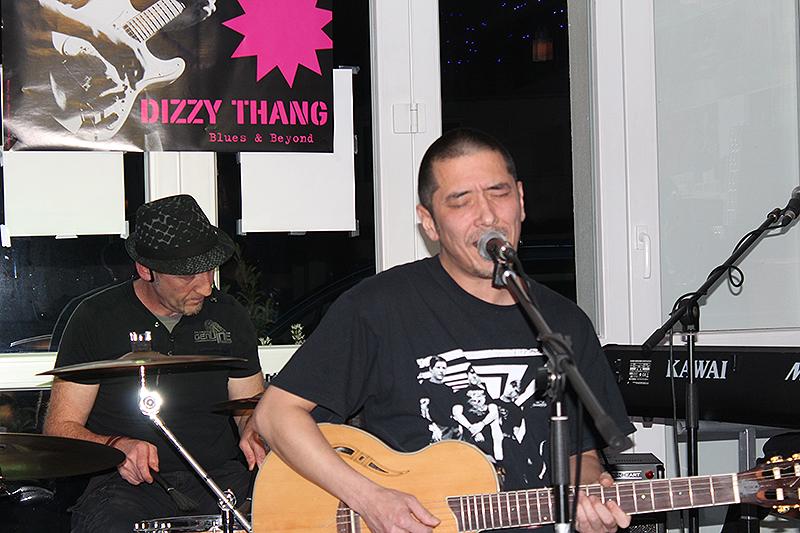 dizzy_thang_mandys_lounge_31102015_14